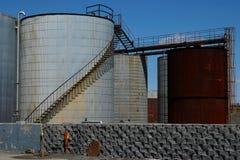 Los tanques de petróleo 3 Imagen de archivo libre de regalías