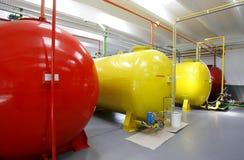 Los tanques del biodiesel dentro de la fábrica Imagen de archivo