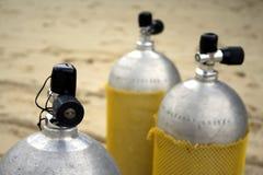 Los tanques del buceo con escafandra Fotos de archivo