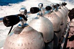 Los tanques del equipo de submarinismo Imagenes de archivo