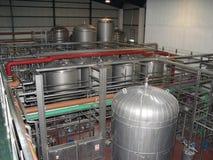 Los tanques del fermentaion de la cerveza Fotografía de archivo