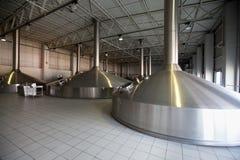 Los tanques del fermentaion de la cerveza Imagen de archivo libre de regalías