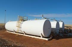 Los tanques del petróleo crudo Imagen de archivo libre de regalías