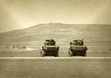 Los tanques en batalla Foto de archivo
