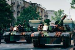 Los tanques en la ciudad Imagenes de archivo