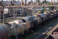 Los tanques ferroviarios multicolores Imágenes de archivo libres de regalías
