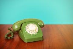 Los teléfonos del vintage - ponga verde un teléfono retro Fotografía de archivo libre de regalías