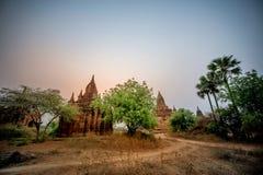 Los templos de, Bagan en la salida del sol, Myanmar Foto de archivo