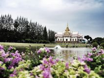 Los templos famosos en Tailandia Fotos de archivo