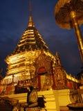 Los templos y las pagodas de Tailandia son atracciones culturales hermosas en la montaña en septentrional de Tailandia Imágenes de archivo libres de regalías