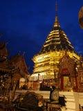 Los templos y las pagodas de Tailandia son atracciones culturales hermosas en la montaña en septentrional de Tailandia Imagen de archivo libre de regalías