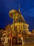 Los templos y las pagodas de Tailandia son atracciones culturales hermosas en la montaña en septentrional de Tailandia Imagenes de archivo
