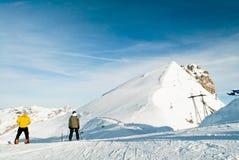 Los titlis del soporte en suizos Foto de archivo