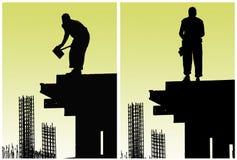 Los trabajadores de construcción pusieron encofrado Imagen de archivo libre de regalías