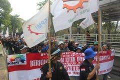 Los trabajadores marcharon de largo en Jakarta Fotografía de archivo libre de regalías