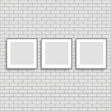 Los tres marcos realistas del cartel imitan para arriba Vector libre illustration