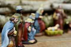 Los tres reyes que adoran al niño Jesús Fotos de archivo libres de regalías