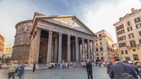Los turistas visitan el hyperlapse del timelapse del panteón en Roma, Italia metrajes