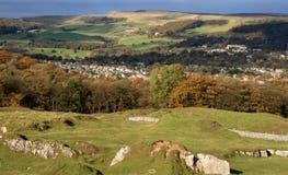 Los valles de Derbyshire acercan a Buxton Imágenes de archivo libres de regalías
