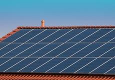 Los varios paneles solares Fotos de archivo