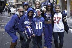 Los ventiladores de NY Giants celebran triunfo del Super Bowl Fotos de archivo libres de regalías