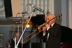 Los viejos jazzmen dan la impulsión Imágenes de archivo libres de regalías