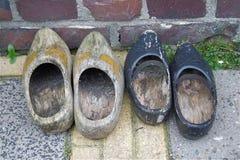 Los zapatos de madera klompen Imagen de archivo libre de regalías