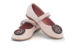 Los zapatos rosados de la niña Imagen de archivo libre de regalías