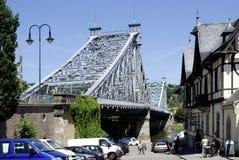 Loschwitzer bro av Dresden i Sachsen Arkivfoto