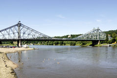 Loschwitzer bro av Dresden i Sachsen Royaltyfria Bilder