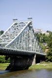 Loschwitzer bro av Dresden i Sachsen Arkivbild
