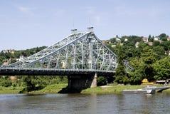 Loschwitzer bro av Dresden i Sachsen Arkivbilder