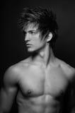 ?lose-op portret van mannelijk model stock fotografie