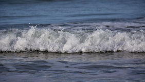 Lossiemouth波浪。 免版税库存照片