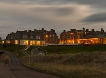 Lossiemouth västra strand efter mörker. royaltyfria foton