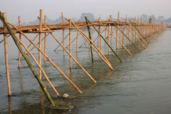 The lost horizon. This is a bamboo bridge on the river Damodar Stock Photo
