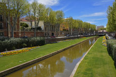 Losu Angeles Basse kanał w w centrum Perpignan zdjęcia stock