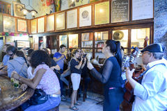 Losu Angeles Bodeguita Del Medio restauracja w Stary Hawańskim, Kuba obraz royalty free