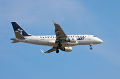 LOT Polish Airlines Embraer ERJ-170 Stock Photography