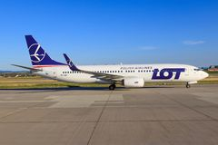 LOT Polish Airlines SP-LWD Boeing 737 fotografia royalty free