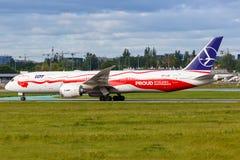 Free LOT Polskie Linie Lotnicze Boeing 787-9 Dreamliner Airplane Warsaw Airport Stock Image - 157993491