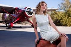 lota atrakcyjny blond czekanie Obrazy Royalty Free