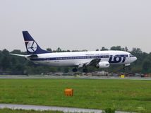 LOTE Boeing 737 Imagem de Stock Royalty Free