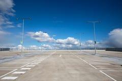 Lote de estacionamento vazio Imagens de Stock Royalty Free