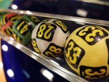 Loterijballen tijdens extractie Stock Foto