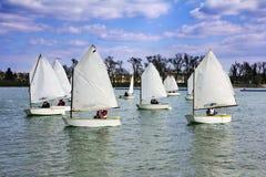 Lotes da navigação dos barcos Imagens de Stock Royalty Free
