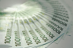 Lotes de cem euro- contas Imagem de Stock Royalty Free