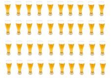 Lotes de pintas da cerveja Fotografia de Stock Royalty Free