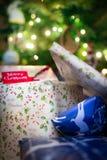 Lotes de presentes de Natal! Fotografia de Stock
