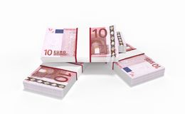 10 lotes do dinheiro do Euro que formam uma pilha isolada no fundo branco Foto de Stock Royalty Free